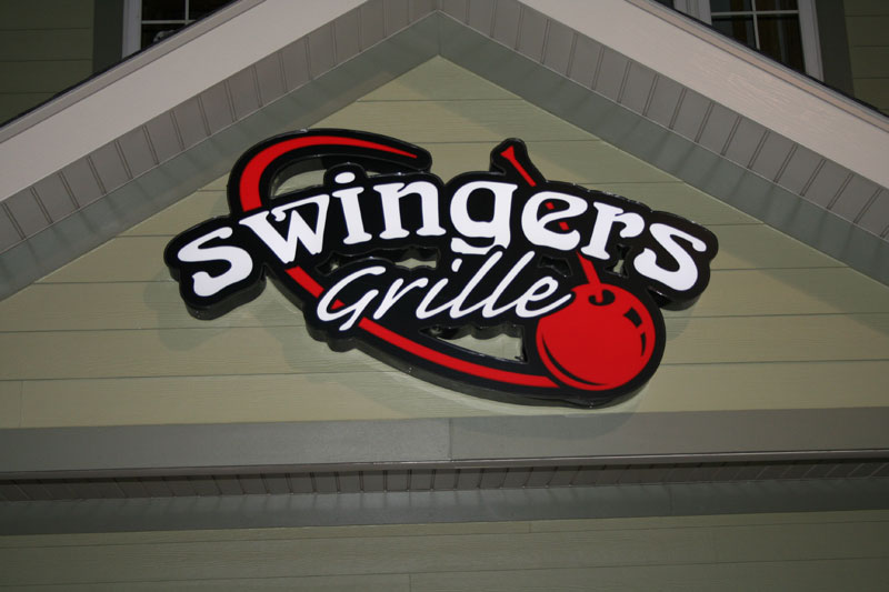 Swingers grille in normal il